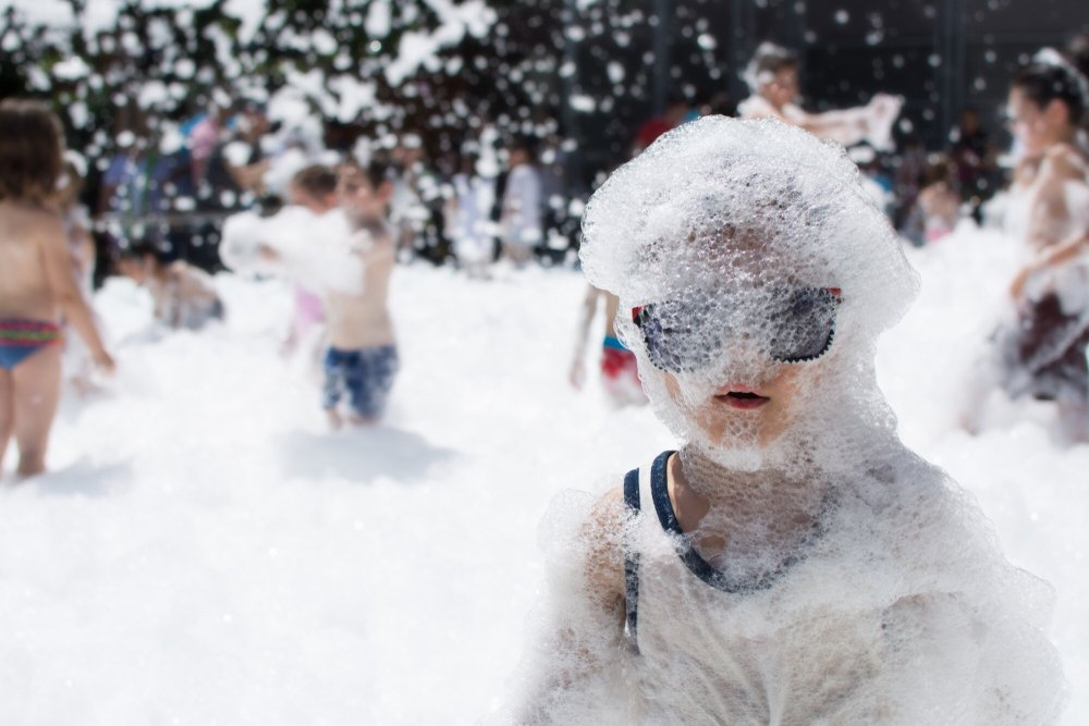 Kids Foam Party in Los Angeles. Our foam machine is the best because we use high quality foam that is non toxic.